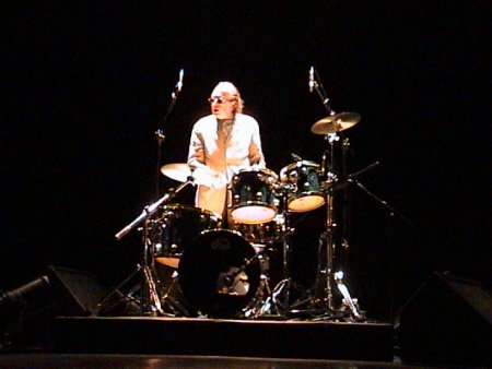 The Durutti Column live at Teatro Rivoli, Porto, Portugal 24 January 2004; Bruce Mitchell on drums